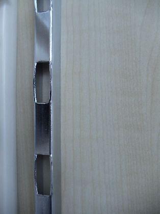 Stelaż cienki na ścianę H, długość 2400mm